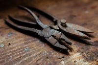 Kaboompics - Rusty pliers in a workshop