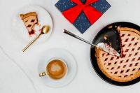 Kaboompics - Fresh baked blueberry pie, cup of coffee & Christmas gift