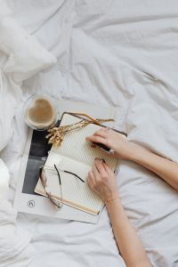 Kaboompics - Notepad - Glasses - Bedding - Coffee - Hands
