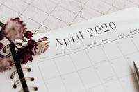 Kaboompics - Planner - April 2020