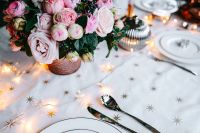Kaboompics - Christmas table decorations