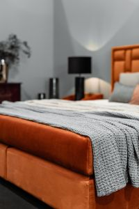 Kaboompics - Pled on the bed - upholstered furniture