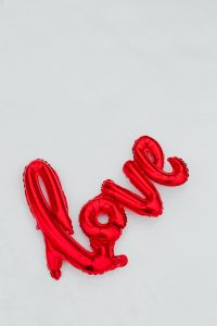 Kaboompics - Red Balloon in shape of Love Word