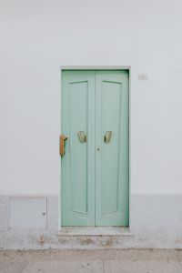 Kaboompics - Green door