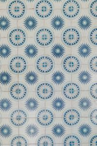 Kaboompics - Tiles with blue pattern