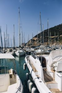 Kaboompics - Yachts and boats in marina