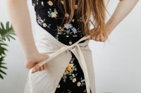Kaboompics - Teen Girl wears an apron