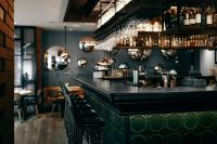 Kaboompics - Bar in the eclectically designed interior