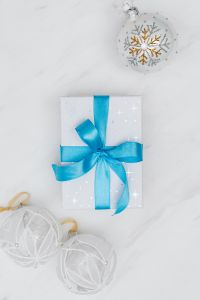 Kaboompics - Christmas gift with blue ribbon
