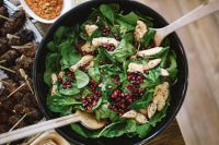 Kaboompics - Chicken, pomegranate and spinach salad