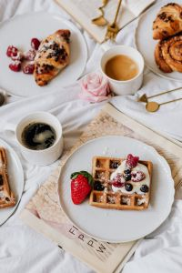 Kaboompics - Waffles - Croissant - Cinnamon Roll - Home Decor - Coffee