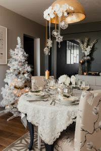 Kaboompics - Dining table during Christmas Eve - white Christmas tree, silver-and-white decorations