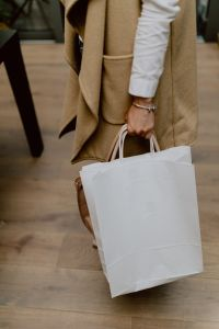 Kaboompics - Woman with blank paper bag
