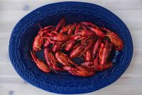 Kaboompics - Crayfish on a blue plate
