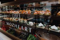 MozHeart - Mozzarella Bar