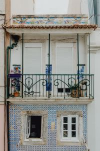 Kaboompics - Building facade with balcony, Lisbon Architecture, Portugal