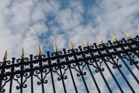 Kaboompics - Decorative fence of the Royal Palace in Madrid, Spain