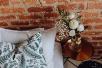 Kaboompics - A lovely woman's bedroom with a beautiful bouquet of flowers