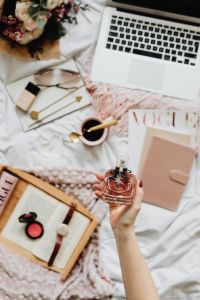 Kaboompics - Femine Flat Lay - Workspace - Laptop - Perfume